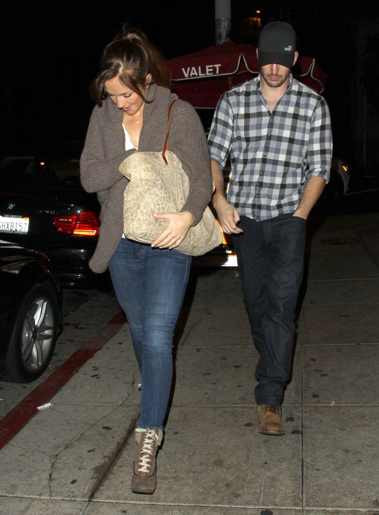 Minka Kelly and Chris Evans went on a date.