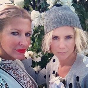 "This picture of sass & bide's Heidi Middleton and Sarah-Jane Clarke was captioned, ""bestie love"". Ca-ute! Source: Twitter user sass_and_bide"