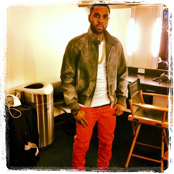 Jason Derulo rocked red jeans during his AMA rehearsal. Source: Instagram user futurehistory1