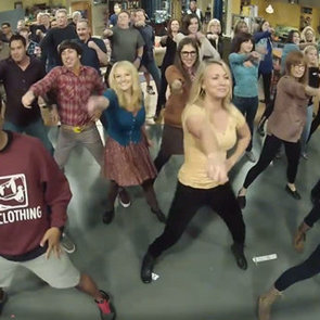 The Big Bang Theory Stars Flash Mob: Call Me Maybe