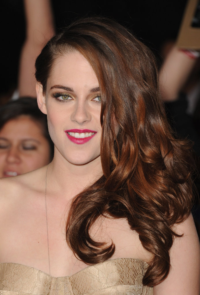 Kristen Stewart Hits the Breaking Dawn Part 2 Red Carpet