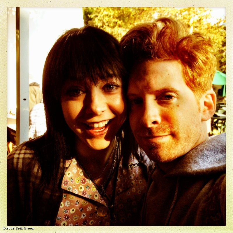 Buffy, the Vampire Slayer costars Alyson Hannigan and Seth Green reunited on the set of How I Met Your Mother. Source: Seth Green on WhoSay