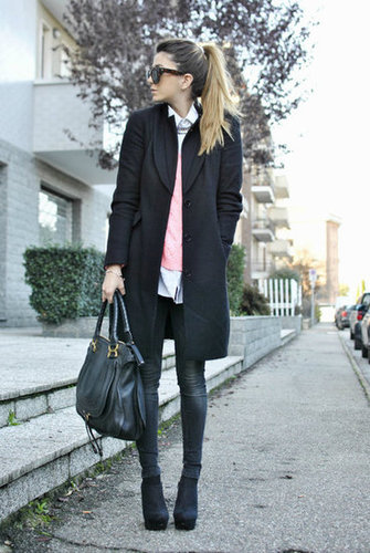 Just a pop of pink gives this classic Winter style a lift. Source: Lookbook.nu