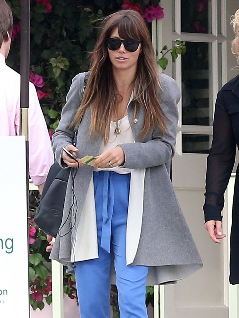 Jessica Biel sported high-wasted blue pants.