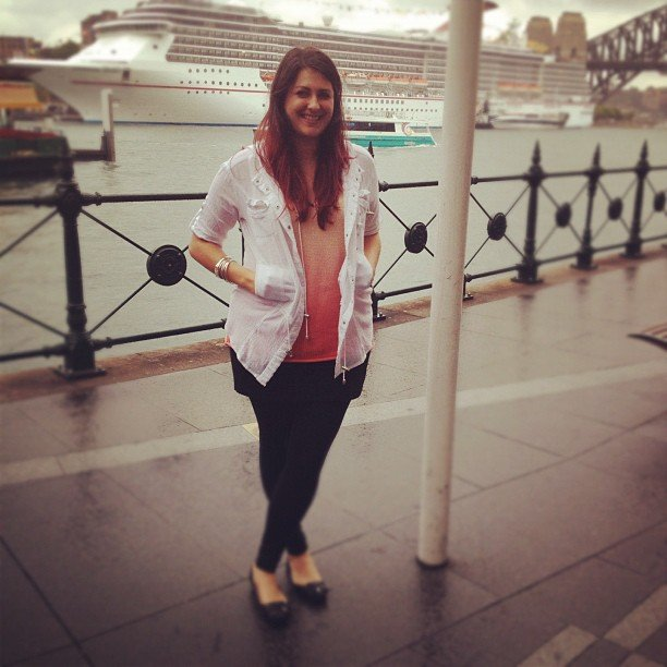 Associate editor Gen wears Imprint jacket, All About Eve top and Witchery skirt and ballet flats.