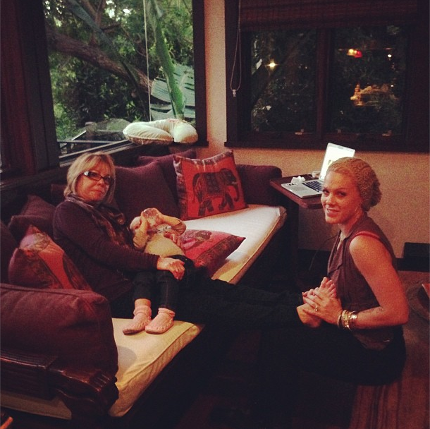 Pink enjoyed having three generations of Moore women together for Thanksgiving. Source: Instagram user pink