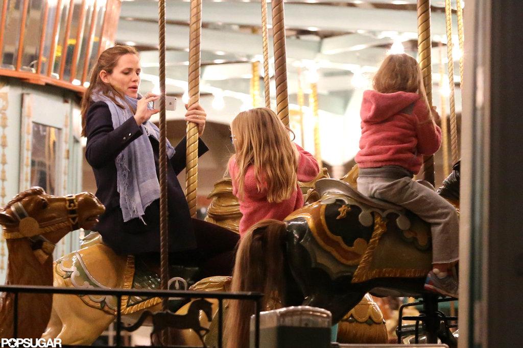 Jennifer Garner snapped a picture of Violet and Seraphina Affleck.