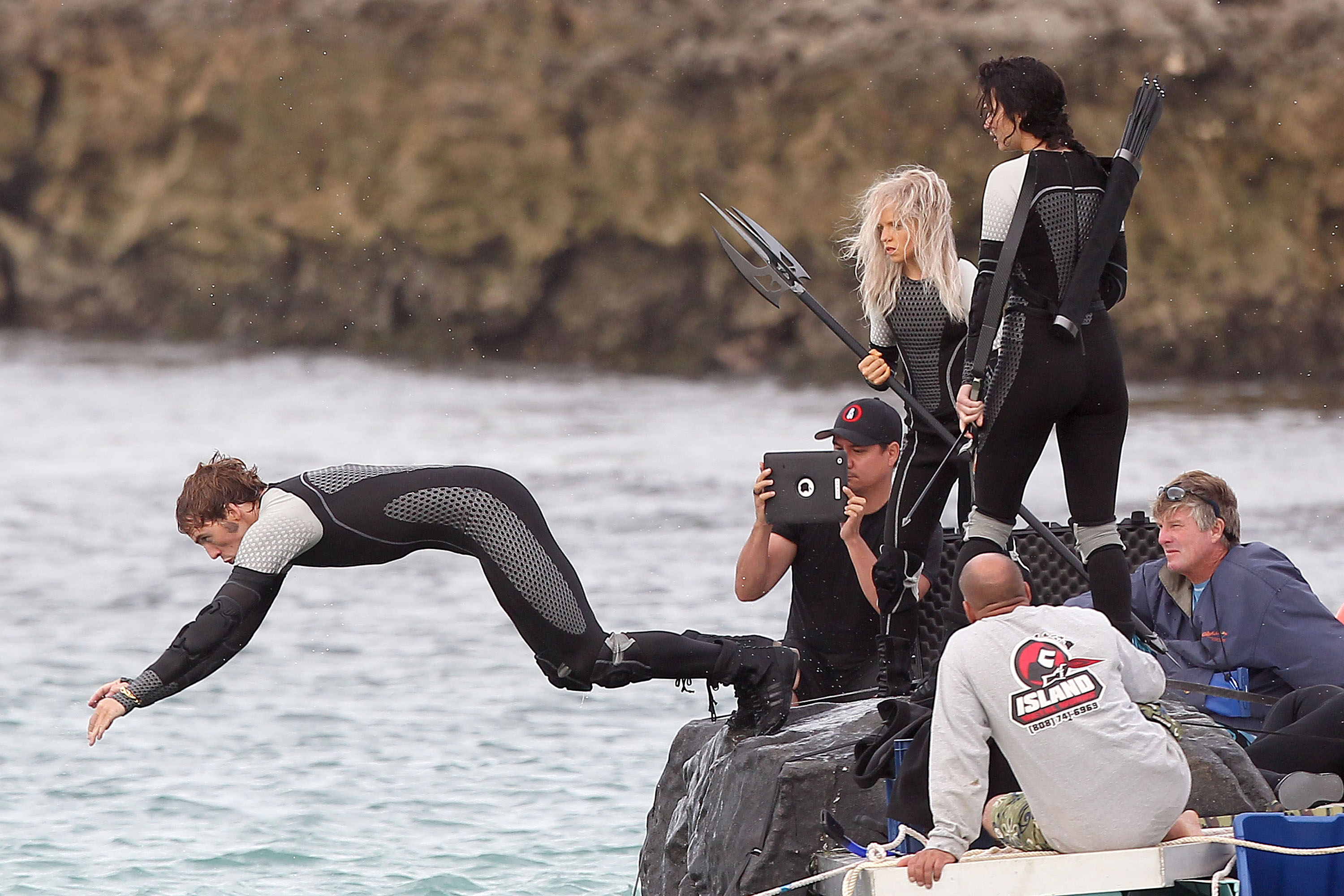 Sam Claflin on the set of Catching Fire. | Catching Fire ...