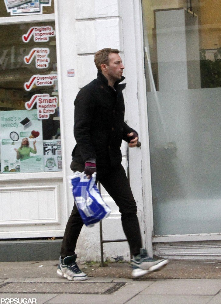 Chris Martin shopped in London.