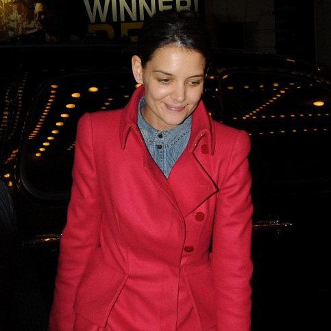 Katie Holmes Opens Dead Accounts on Broadway