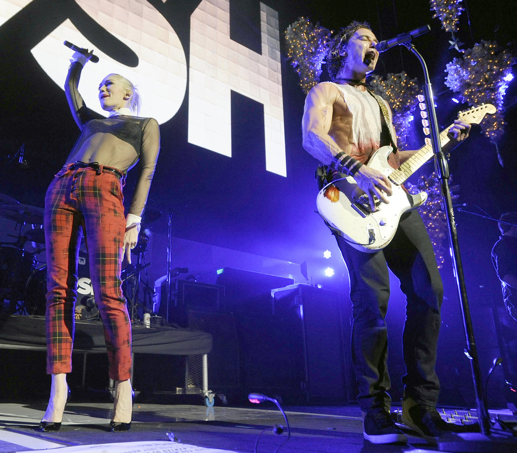 Gwen Stefani surprised fans on stage with Gavin Rossdale.