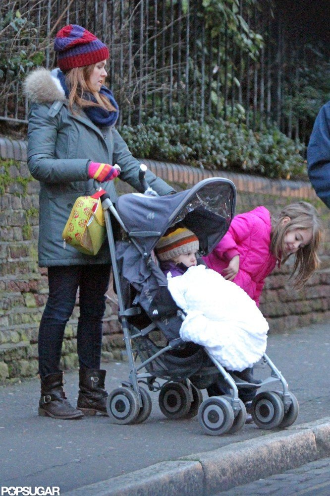 Isla Fisher Shares a Chilly Girls' Day Out With Olive and Elula