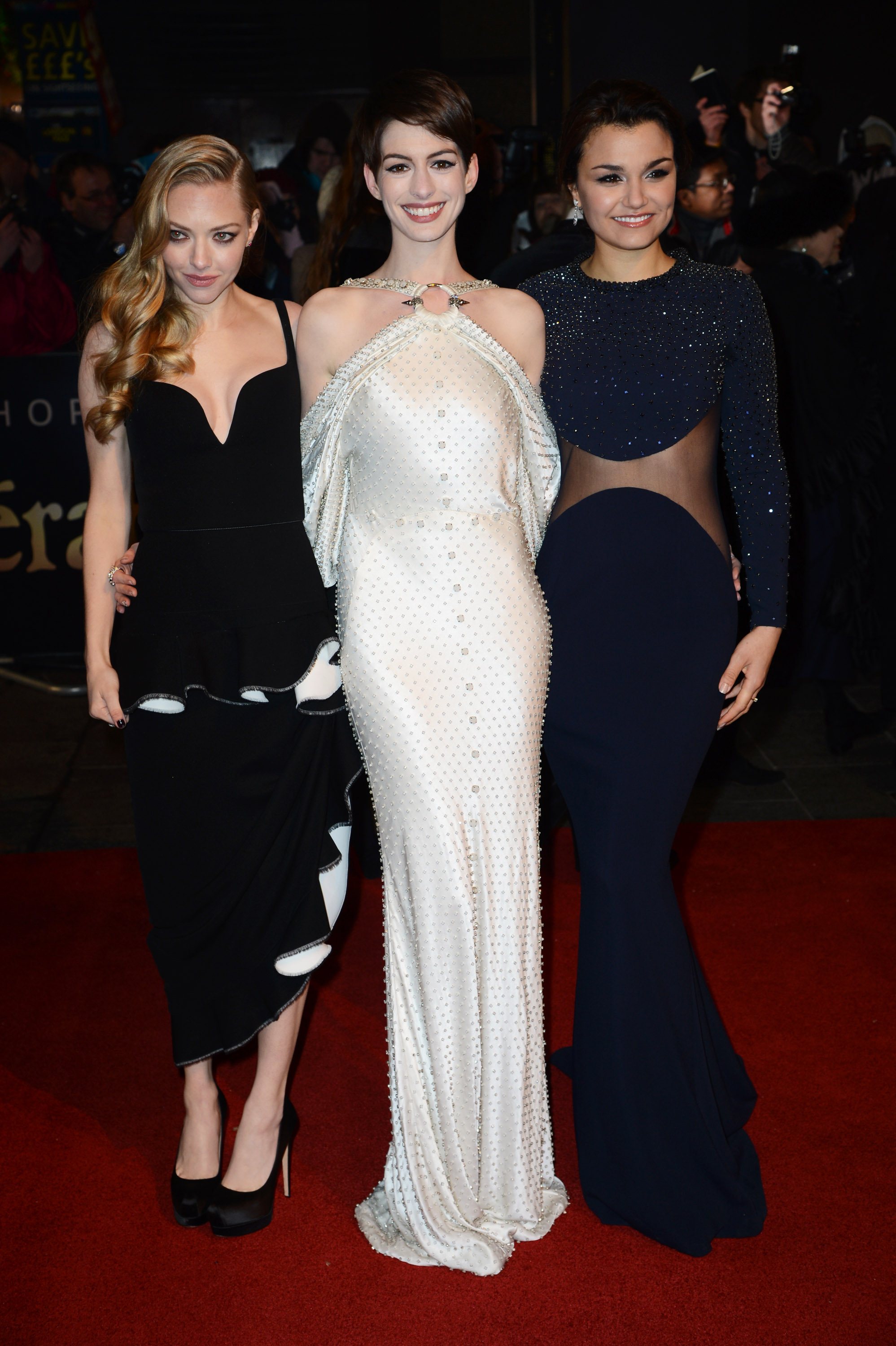 Anne Hathaway, Amanda Seyfried, and Samantha Barks attended the Les Miserables premiere in London.