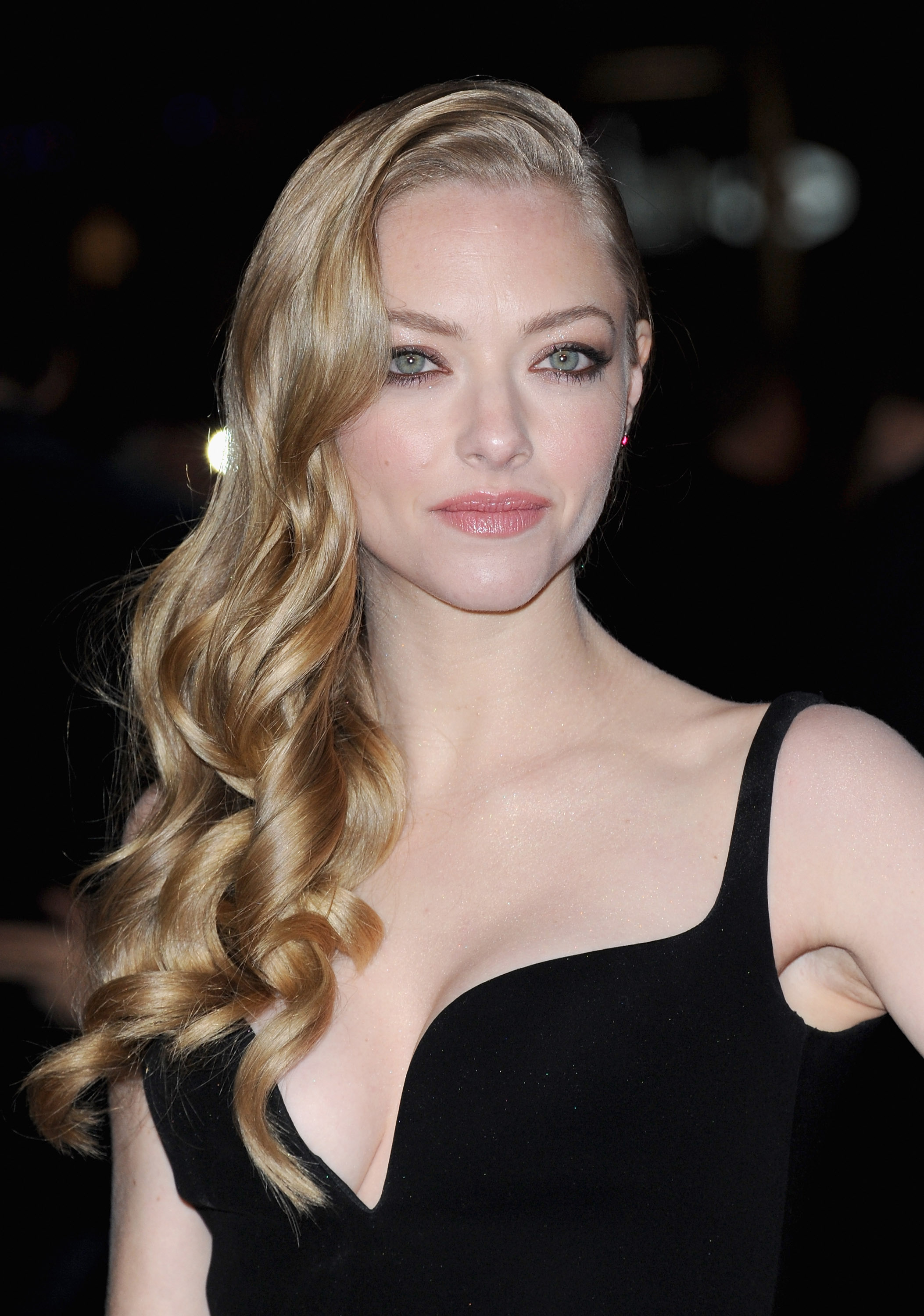 Amanda Seyfried | Check Out 10 of the Best Beauty Moments This Week ... Amanda Seyfried