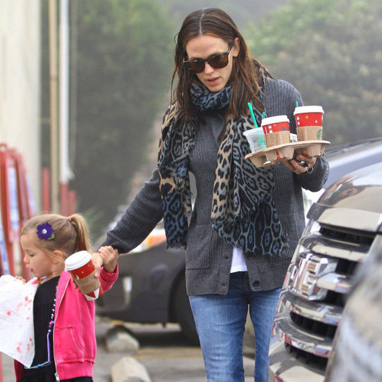 Jennifer Garner and Seraphina Grab Coffee in LA   Pictures