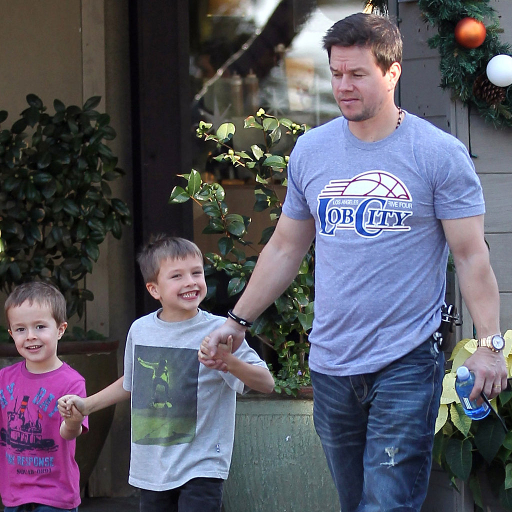 Wahlberg Michael Wahlberg With Sons Michael