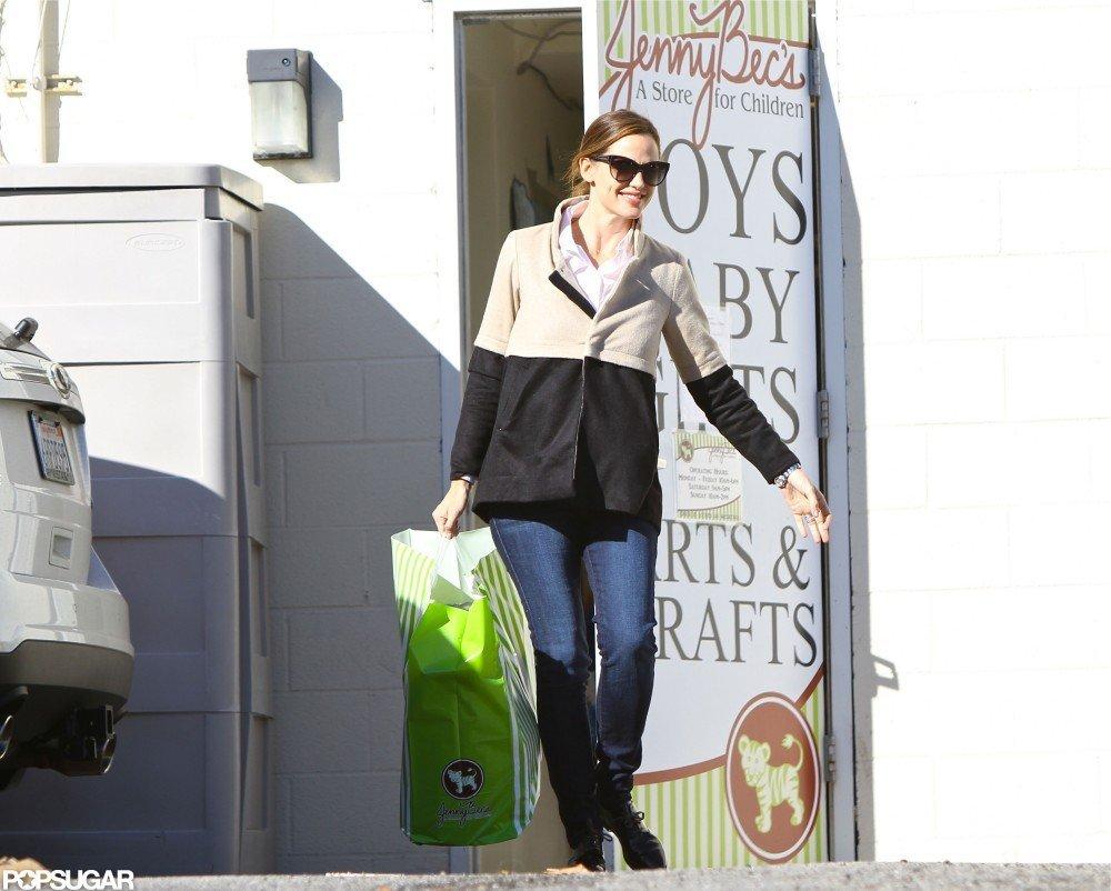 Jennifer Garner visited Jenny Bec's.