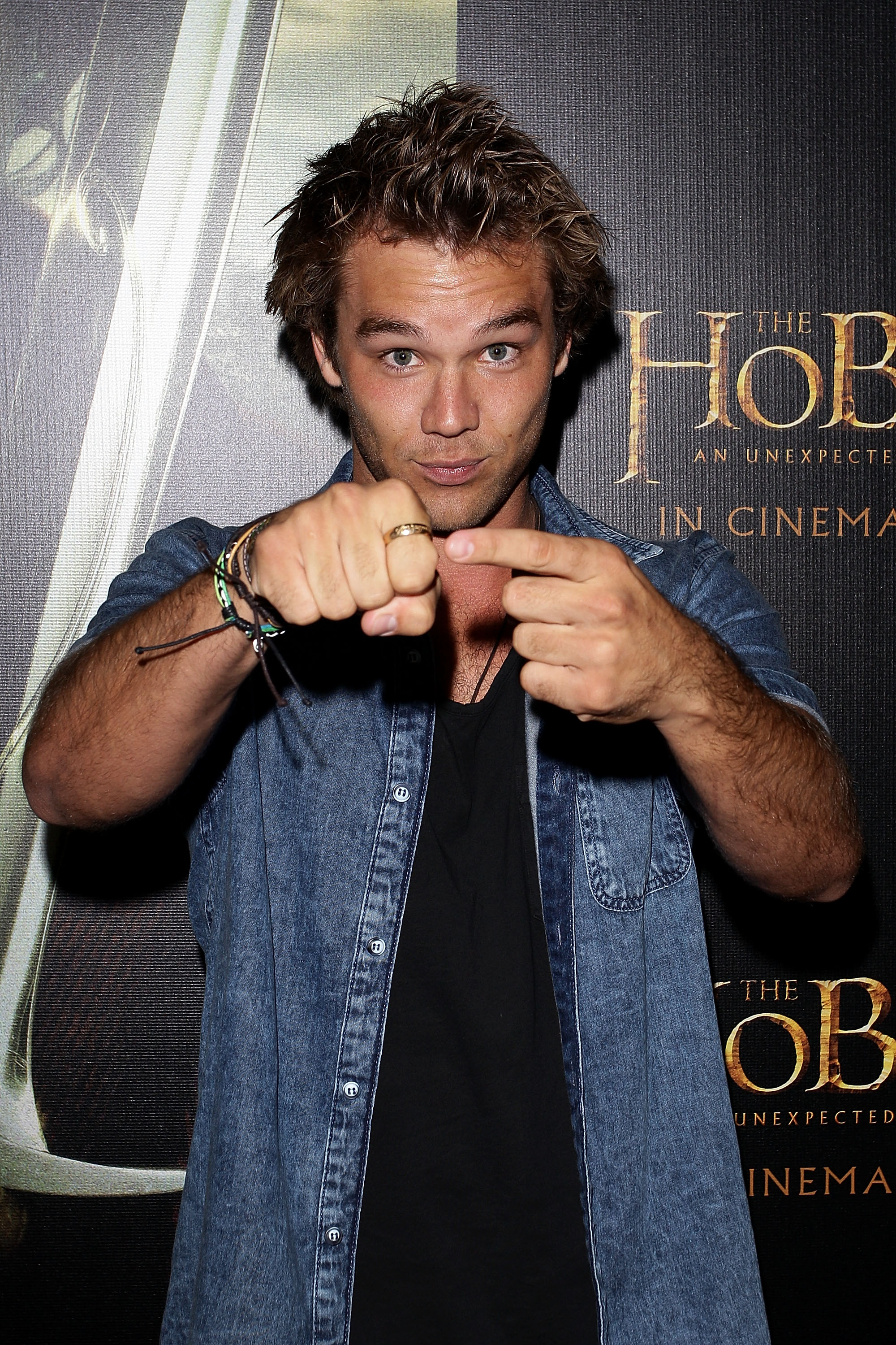 lincoln lewis - photo #27
