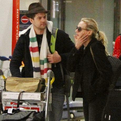 Diane Kruger et Joshua Jackson sont arrivés à Paris juste à temps pour Noël !
