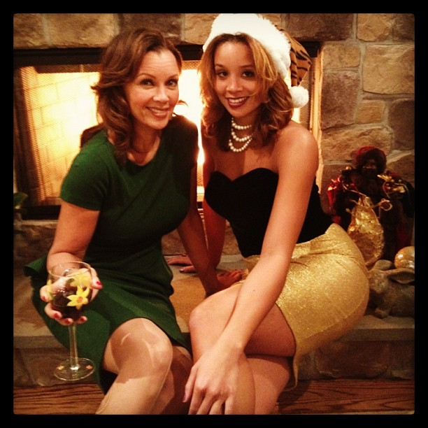 Vanessa Williams shared a photo from her Christmas dinner party. Source: Instagram user vwofficial