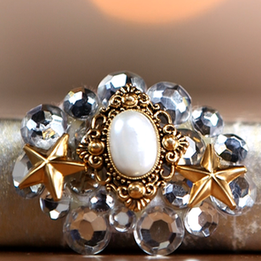 How to DIY Make a Vintage Brooch Video