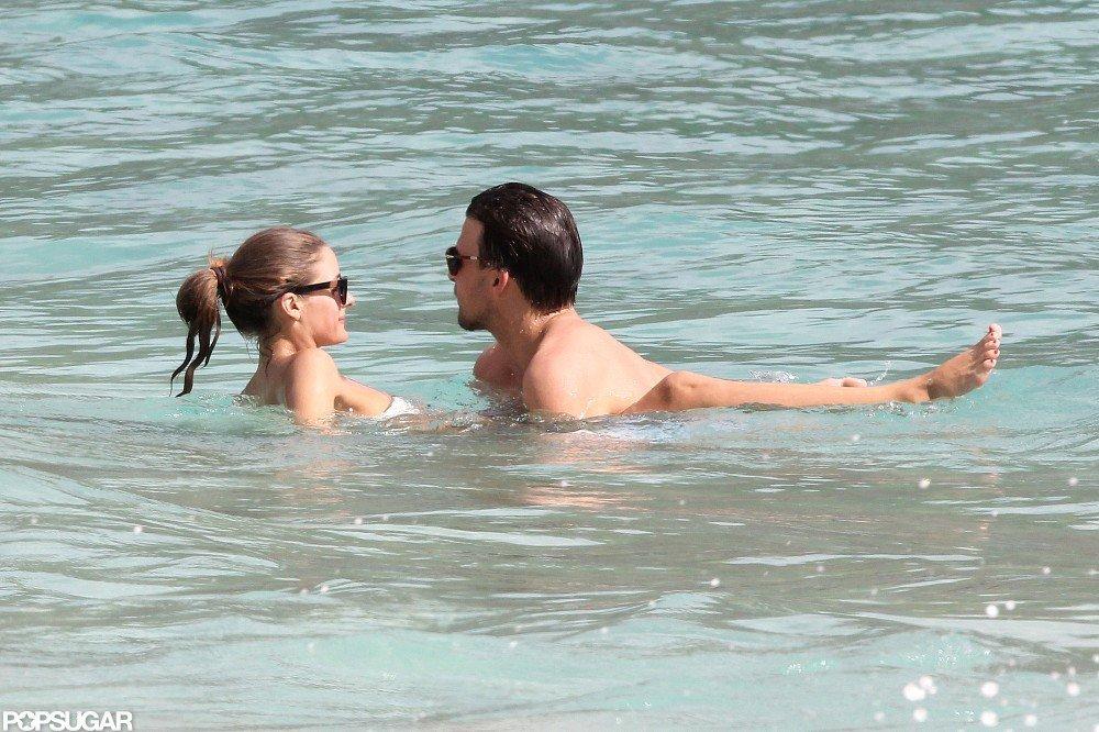 Olivia Palermo Brings Her Bandeau Bikini to the Beach
