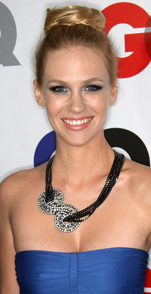 At a GQ party in 2010, January sported a voluminous topknot, which she paired with a dress-complementing metallic-blue smoky eye. And on top of that, she wore a Jennifer Behr head wrap as a sparkling necklace.
