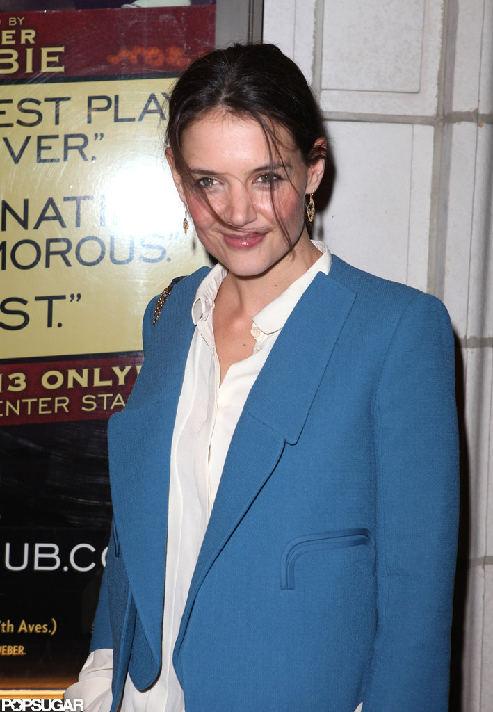 Katie Holmes posed outside of The Other Side on Broadway.