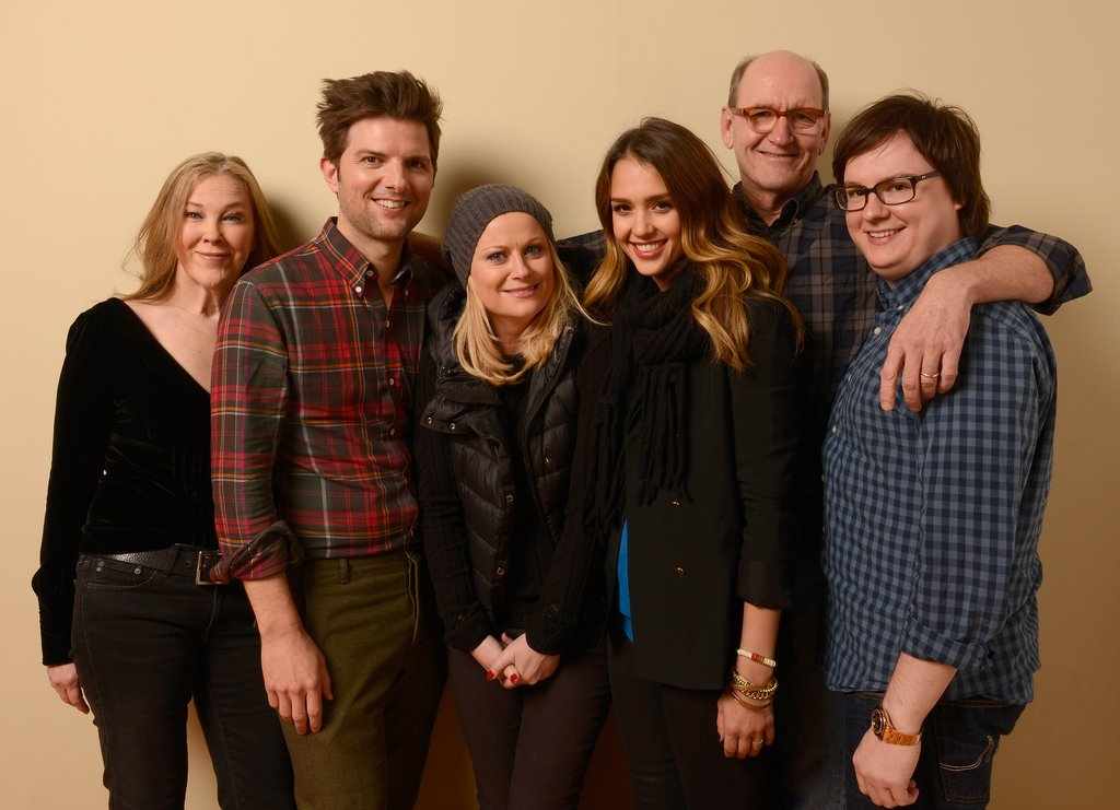 Jessica Alba took a photo with Catherine O'Hara, Adam Scott, Amy Poheler, Richard Jenkins, and Clark Durke at Sundance.