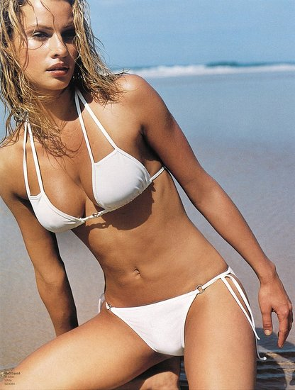 Kristy Hinze fronted for Seafolly way back in 2000 ...