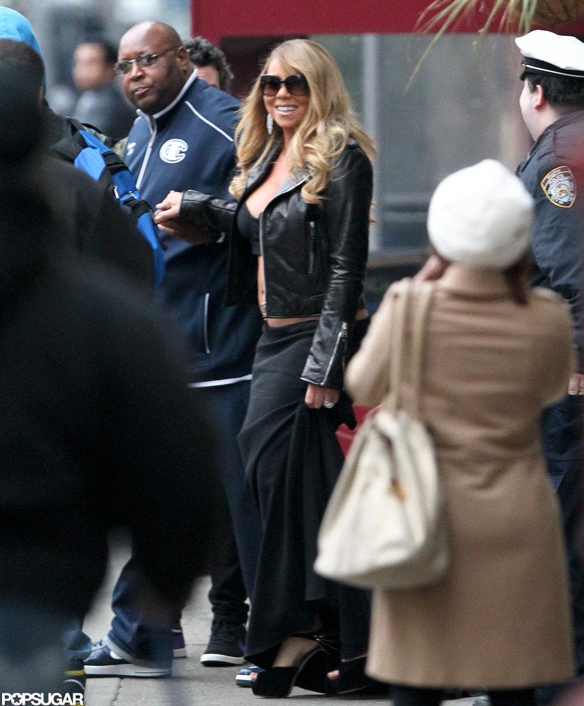 Mariah Carey flashed her stomach while walking around NYC.
