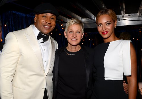 Beyoncé met up with host LL Cool J and Ellen DeGeneres backstage.