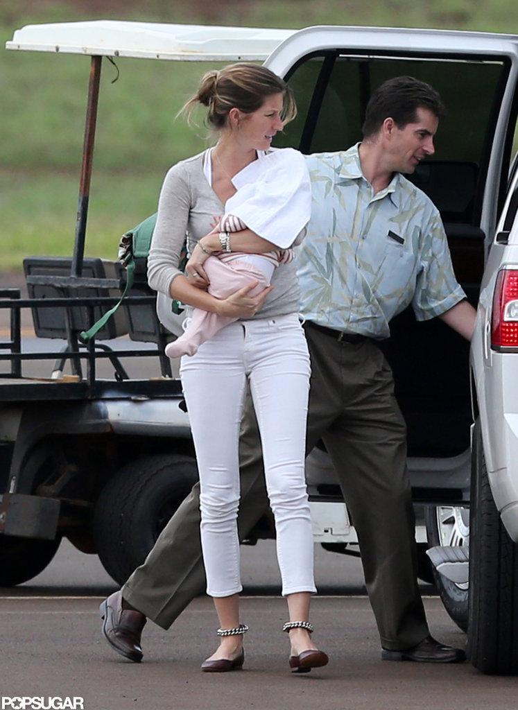 Gisele Bündchen held onto her 2-month-old daughter, Vivian.