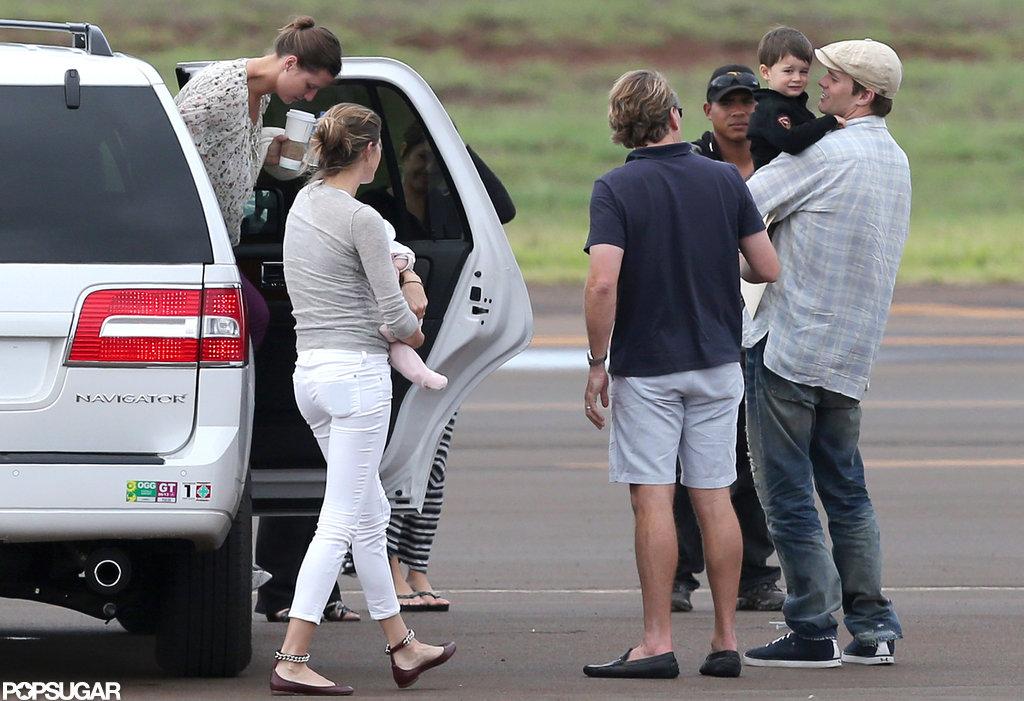 The Bündchen-Brady family landed in Hawaii.