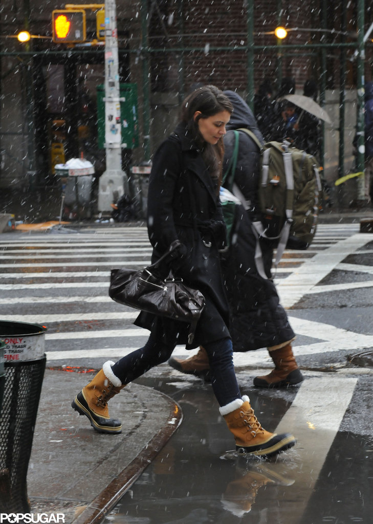 Katie Holmes In Snow Boots Before Blizzard In Nyc