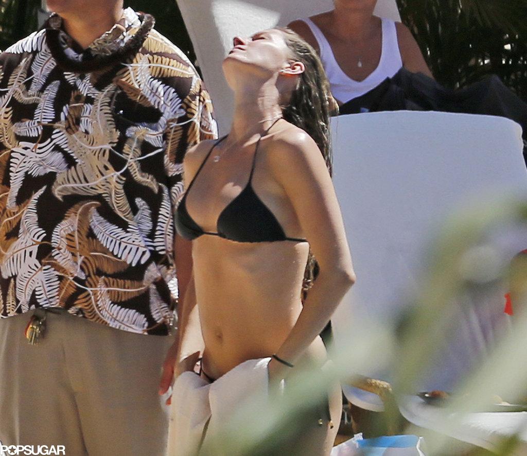 Gisele Bundchen Bikini Pictures After Baby Vivian ...