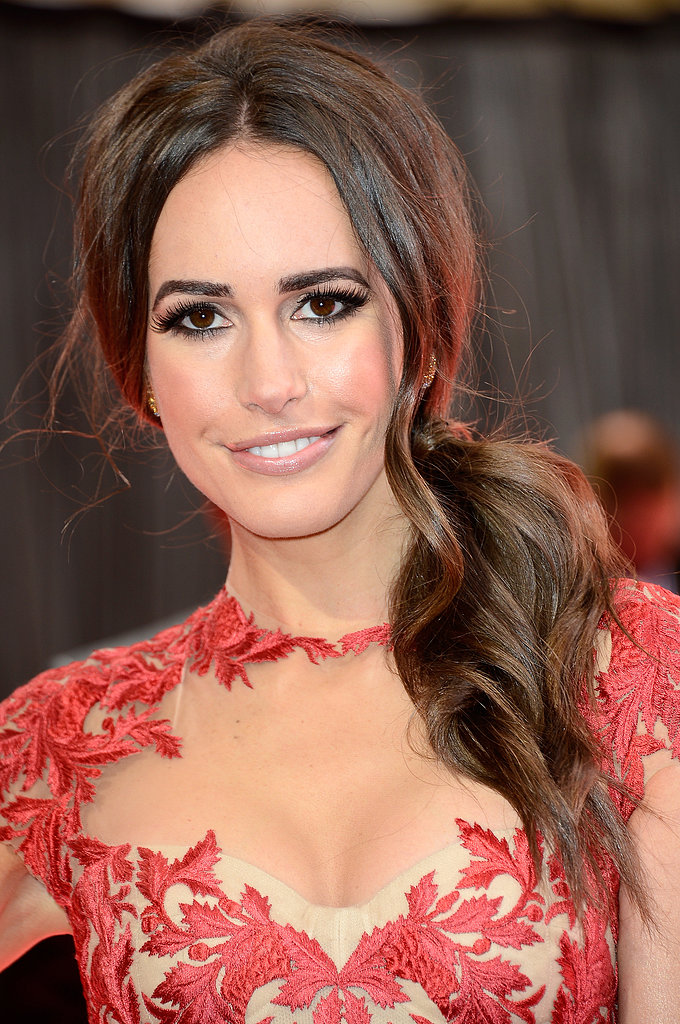 Louise Roe on the red carpet at the Oscars 2013.