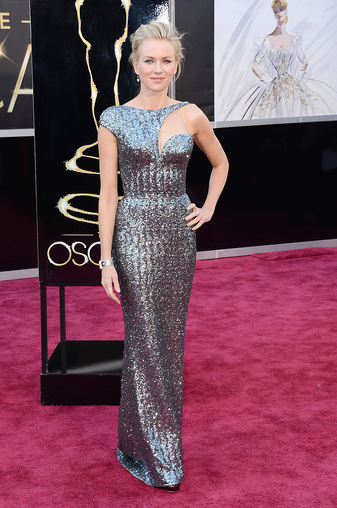Best actress nominee Naomi Watts — mom to Sasha and Kai — wore Armani Privé on the red carpet at the Oscars.