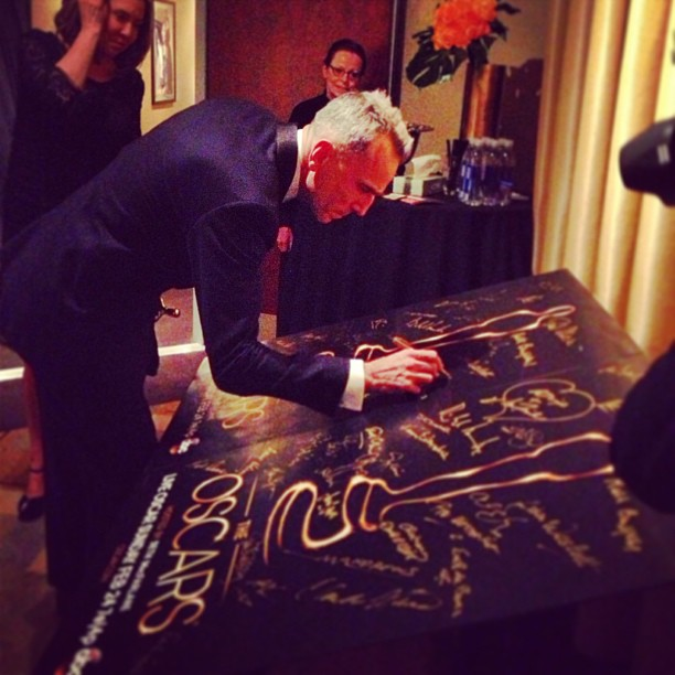 Best actor Daniel Day-Lewis signed the winner's poster backstage. Source: Instagram user theacademy