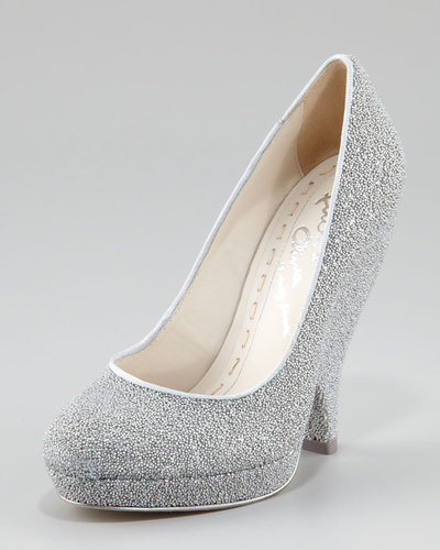 Alice + Olivia Robyn Caviar Beaded Pump
