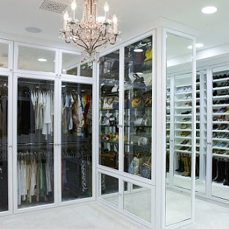 Rochelle Maize's Closet Designed by Lisa Adams Has Us Swooning