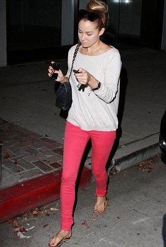 7 For All Mankind The Skinny in Neon Pink