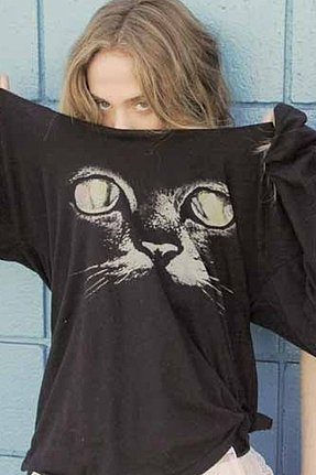 Rebel Yell Cat Long Sleeve Boyfriend Tee in Black