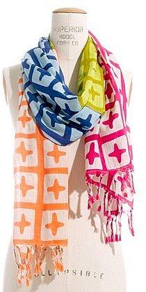 Crosswise scarf