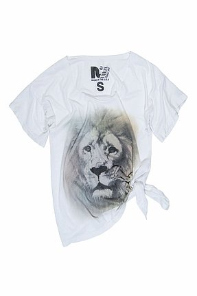 Rebel Yell Airbrushed Lion Boyfriend Tee in White