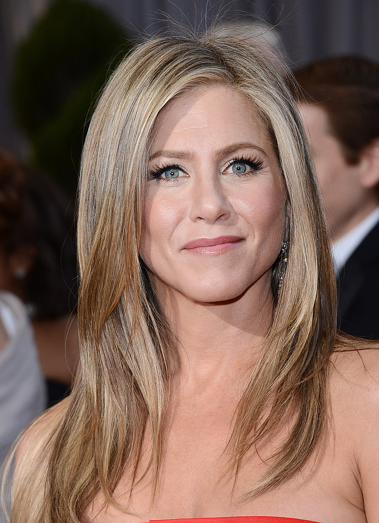 jennifer aniston 39 s hair oscars hair and beauty get the 11 best looks of the evening. Black Bedroom Furniture Sets. Home Design Ideas