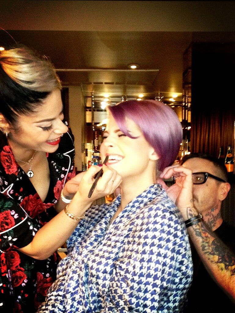 Getting Oscars ready is no easy task, as Kelly Osbourne demonstrates in the makeup chair. Source: Twitter user MissKellyO