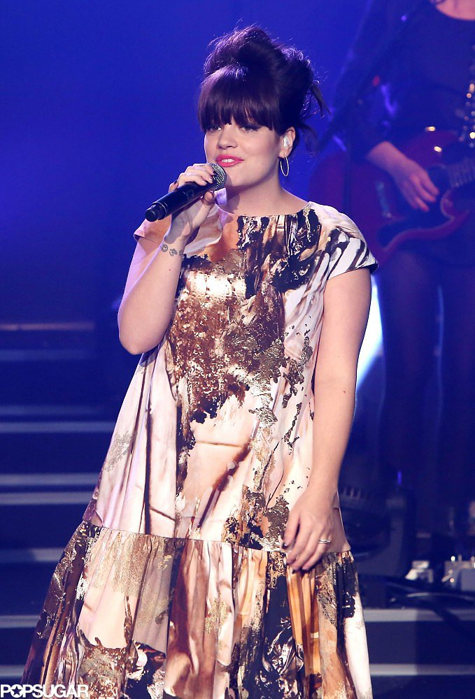 Lily Allen performed live at the Etam lingerie show in Paris on Tuesday night.