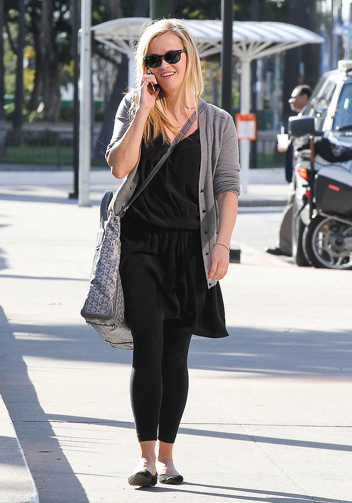 Reese Witherspoon smiled while chatting on her phone in LA.