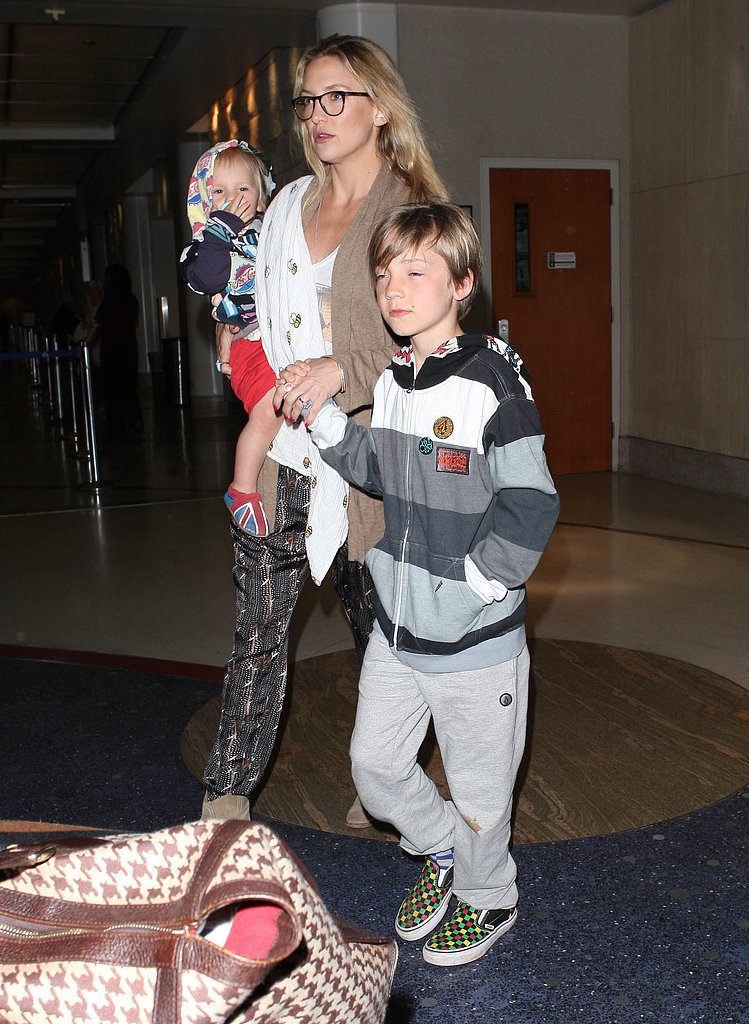 Kate Hudson and her boys landed in LA.
